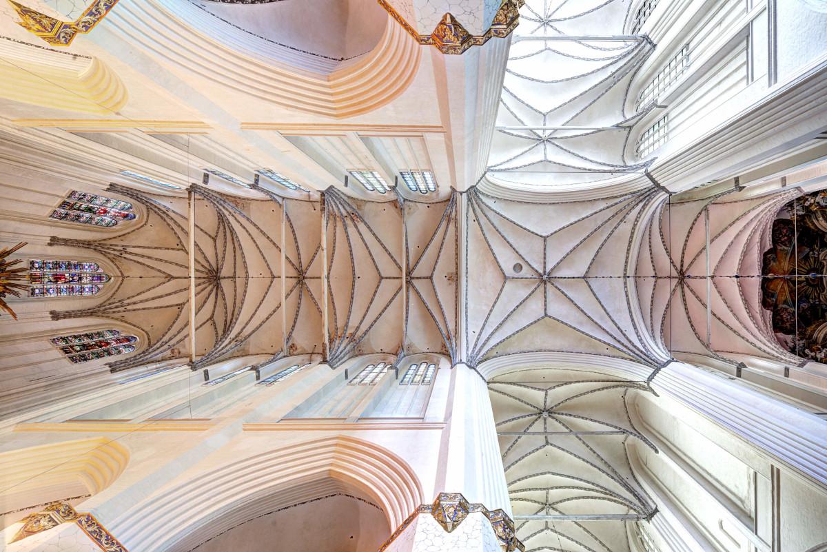 St.-Marien-Kirche, Blick in das Gewölbe, Chor und Querhaus