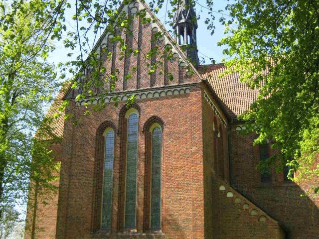 Klosterkirche, Neukloster