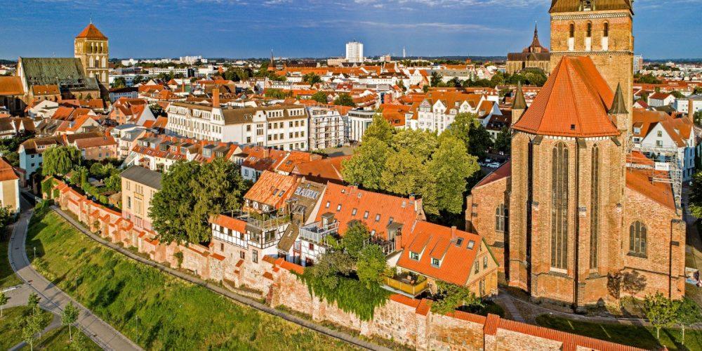 Rostock ist ab sofort Mitglied bei der Europäischen Route der Backsteingotik
