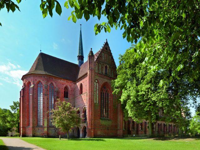 Klasztor cysterski, Chorin