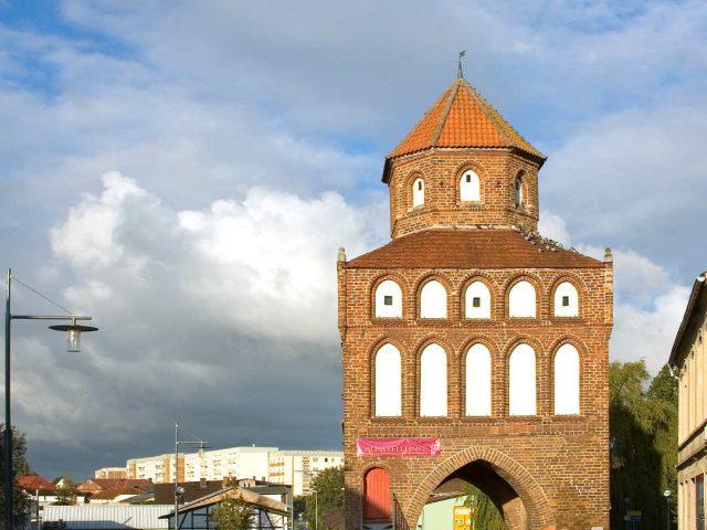 Rostock Gate, Ribnitz