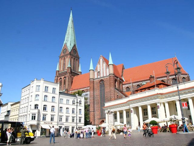 Katedra, Schwerin