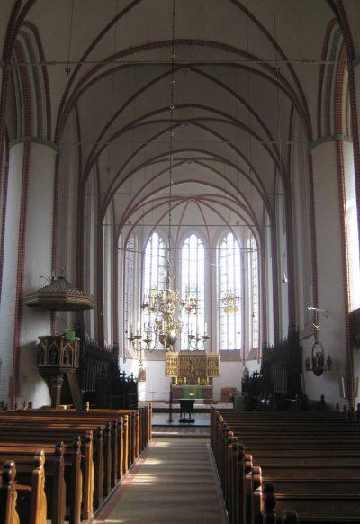 Dom zu Bardowick, Blick auf den Altar