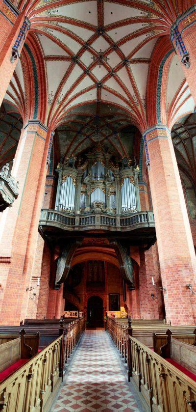 Pfarrkirche St. Marien, Blick auf die Orgel, Güstrow