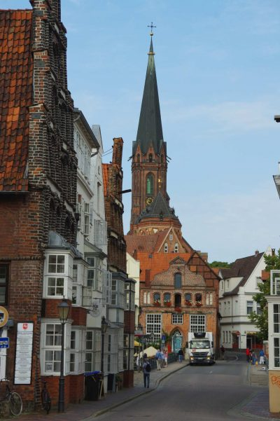 St.-Nicolai-Kirche, Blick von der Lünertor Straße, Lüneburg