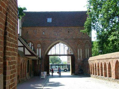 Treptower Tor, Vortor, Stadtseite, Neubrandenburg