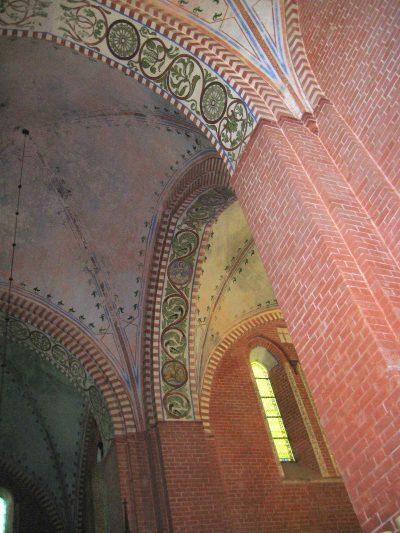 Klosterkirche St. Maria Sonnenkamp, Blick ins Gewölbe des Querschiffs, Neukloster
