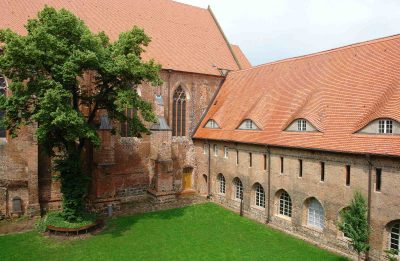 Dominikanerkloster, Blick in den Kreuzhof, Prenzlau
