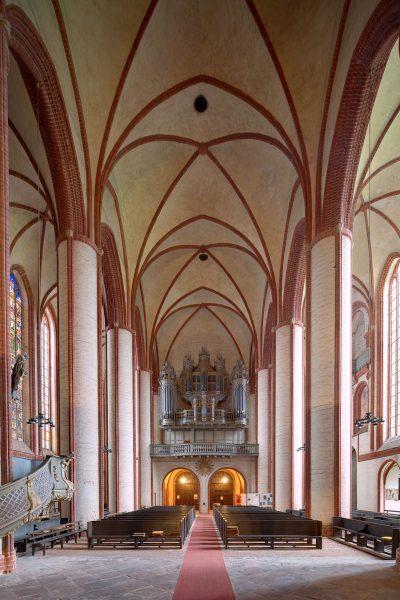 Dom, Blick auf die Orgel, Stendal