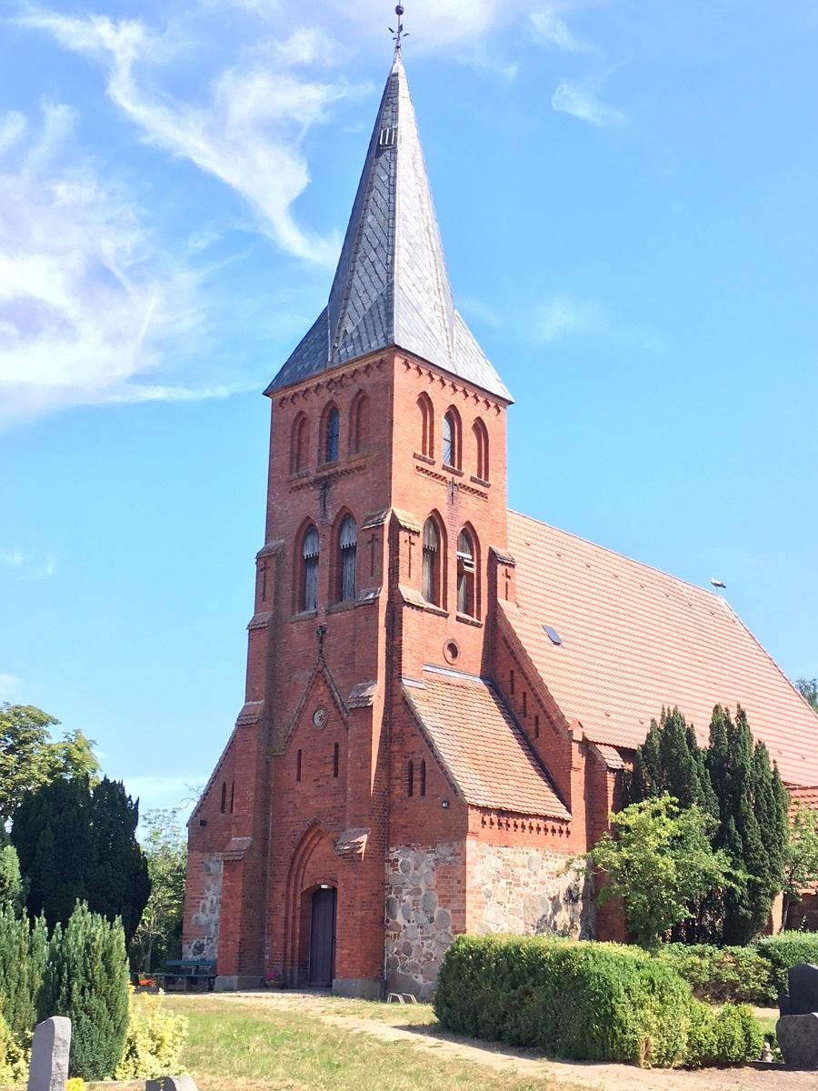 Dorfkirche Qualitz, Bützower Land